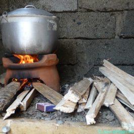 PHILIPPINEN BLOG - Dirty Kitchen in den Philippinen Foto: Sir Dieter Sokoll KR