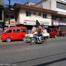 PHILIPPINEN BLOG - Warentransporte mit dem Motorrad Foto: Sir Dieter Sokoll KR