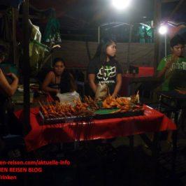 PHILIPPINEN BLOG - Am Hähnchen-Grillstand Foto: Sir Dieter Sokoll KR
