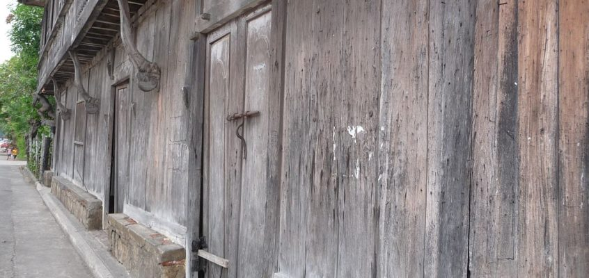 Alte Häuser in Balingasag