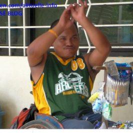 PHILIPPINEN REISEN BLOG - Verhinderter Basketballspieler Foto: Sir Dieter Sokoll KR