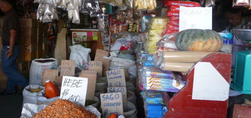 Arbeit im chinesischen Lebensmittelgeschäft