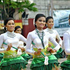 Philippinen - Feste - Penafranca Translacion 2042 in Naga