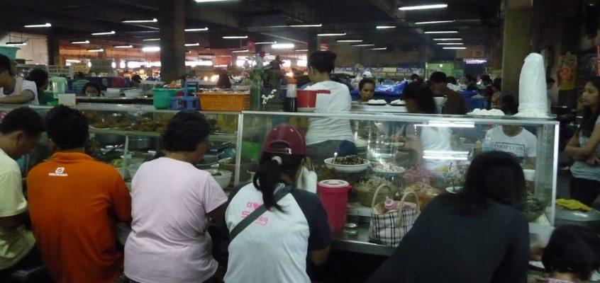 Essstände auf dem Markt