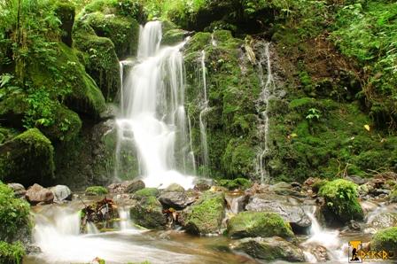 Eine Wanderung – Zehn Wasserfälle