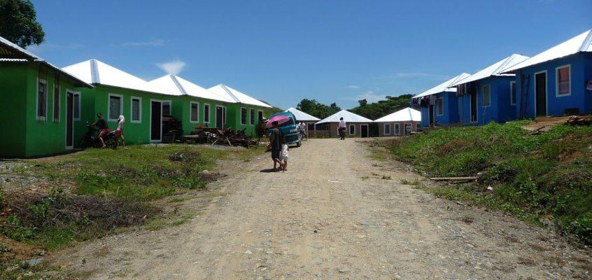 Besuch in den Umsiedlercamps von Pagatpat