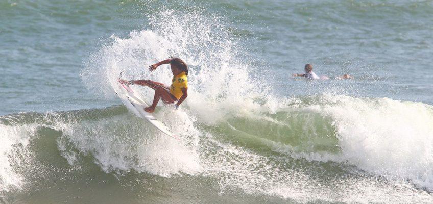 PHILIPPINEN BLOG - Surf Champ Nilbie Blancada von Siargao