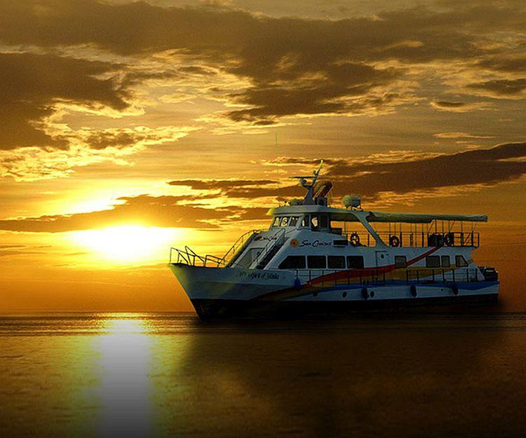 Auf Besuch in Manila: Mit dem Schiff in einen fantastischen Sonnenuntergang
