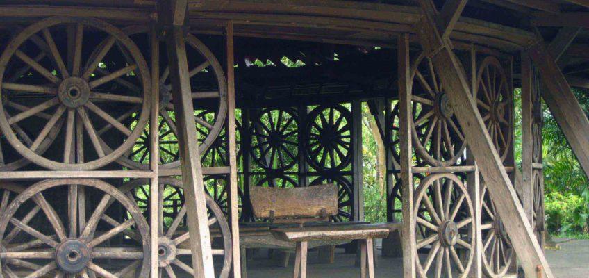 PHILIPPINEN REISEN BLOG - Kapelle der Wagenräder