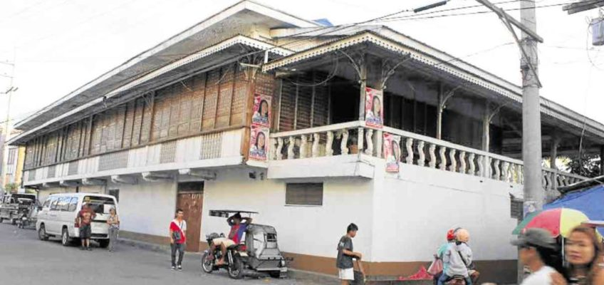 PHILIPPINEN REISEN BLOG - Altes Haus in Masbate wird zum Pilgerort