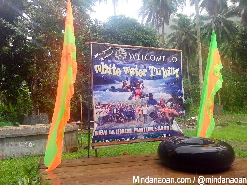 PHILIPPINEN REISEN BLOG - Nasse und wilde Fahrt im Schlauch auf dem Fluss - White Water Tubing