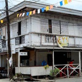 PHILIPPINEN BLOG - Die herrlich alten Die Ahnenhäuser von Cantilan in Surigao del Sur