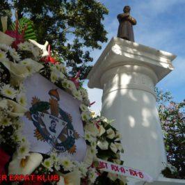 PHILIPPINEN BLOG - Der Rizal Day in Cagayan de Oro mit Kranzniederlegung und Ritterschlag Foto: Dieter Sokoll