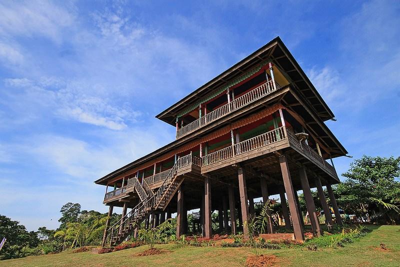 """ARMMS letztes """"Pakaradjaan"""" ist das Beste – Sulu Tausug Haus"""