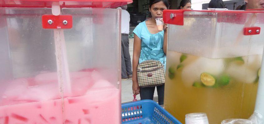 Eisgekühlte Getränke auf der Straße