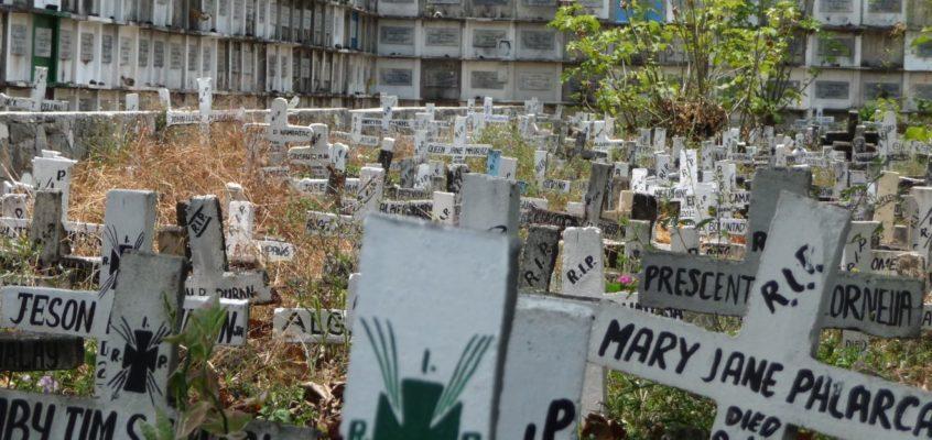 Ein ganz gewöhnlicher philippinischer Friedhof