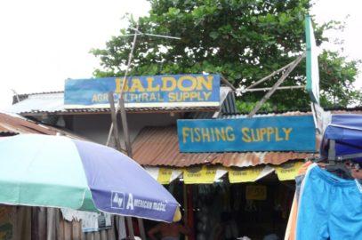 PHILIPPINEN REISEN BLOG - Einkauf von Landwirtschaftsbedarf Foto: Sir Dieter Sokoll KR