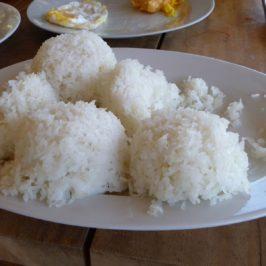 PHILIPPINEN REISEN BLOG - ESSEN & TRINKEN - ESSGEWOHNHEITEN - Warum essen Filipinos Reis?