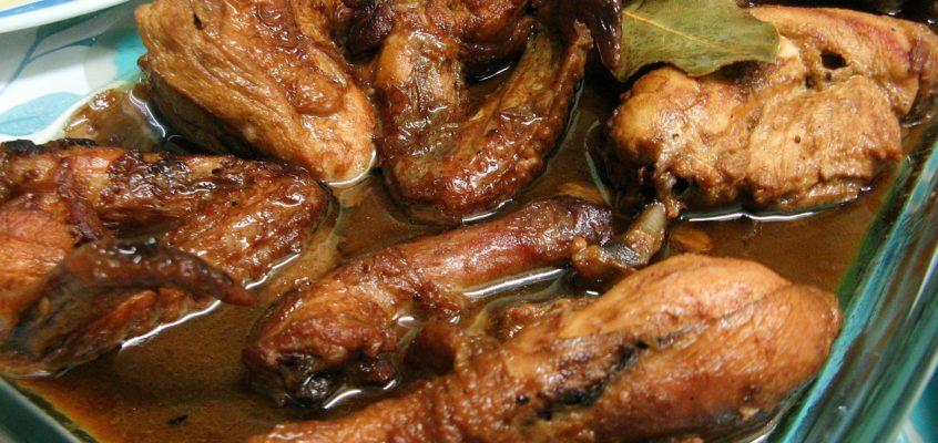 PHILIPPINISCHE ESSGEWOHNHEITEN: Ist Adobo ein orignales philippinisches Gericht?
