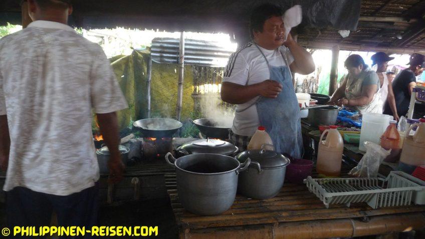 PHILIPPINEN REISEN BLOG - Malatapay Markt - Pferdefleisch in der Eatery  Foto von Sir Dieter Sokoll