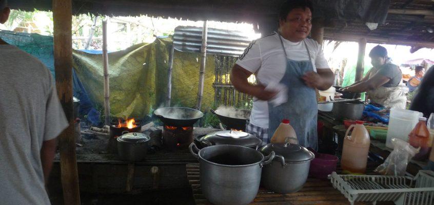 Malatapay Markt – Pferdefleisch in der Eatery