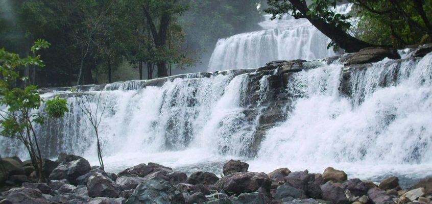 REISEZIELE – Tinuy-an Falls in Bislig