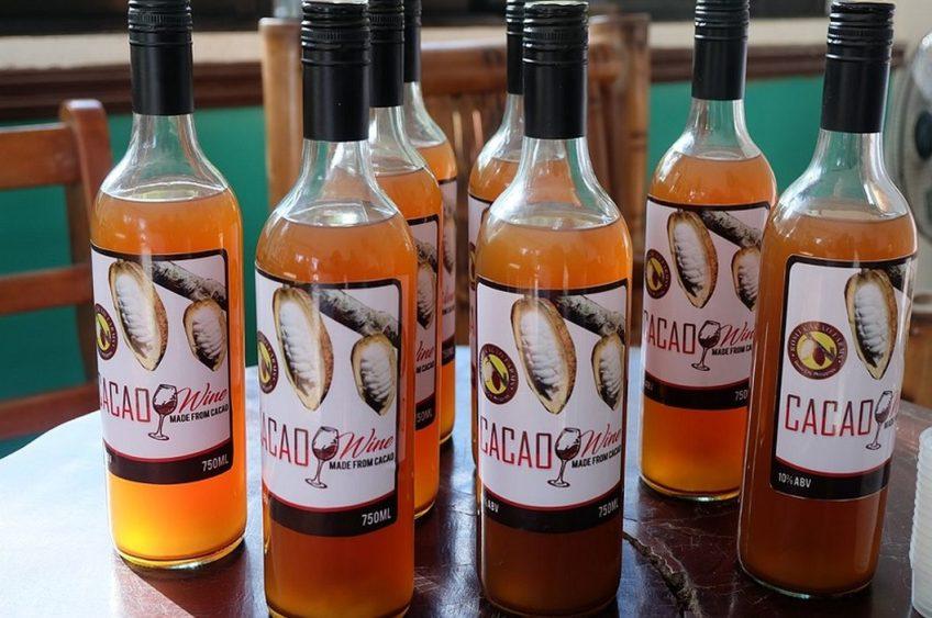 PHILIPPINEN REISEN BLOG - Prosit mit einem Kakaowein von Rosit