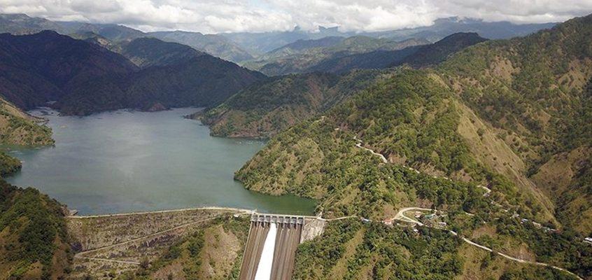 Der Ambuklao Staudamm in Benguet