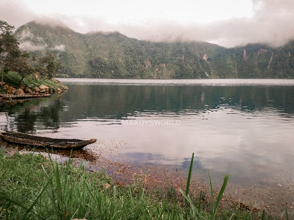 PHILIPPINEN BLOG - Aufstieg zum heiligen See Holon