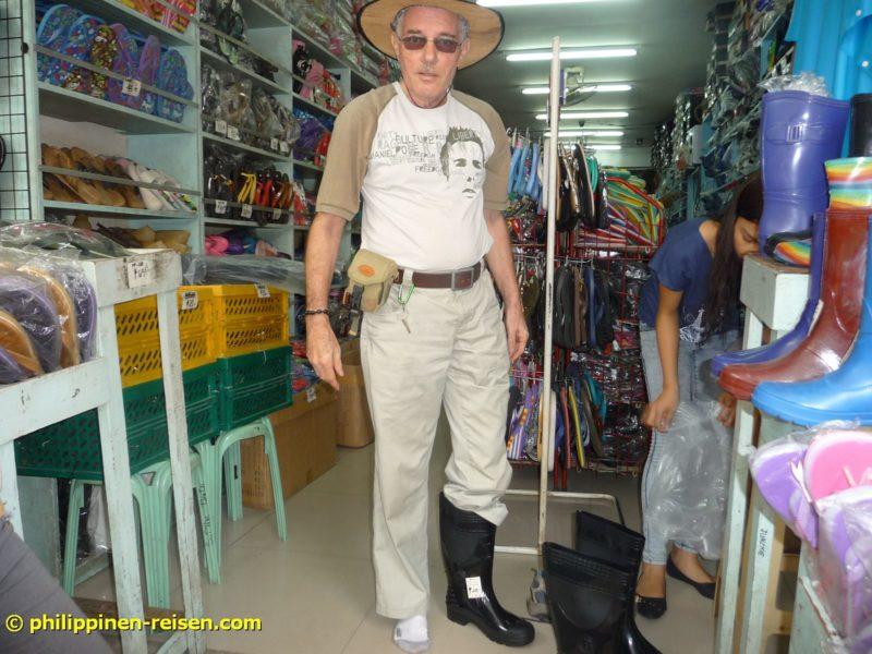 PHILIPPINEN REISEN - REISEBERICHTE - Bei der Maisernte in den Bergen FOTO: Sir Dieter Sokoll KRPHILIPPINEN REISEN - REISEBERICHTE - Bei der Maisernte in den Bergen FOTO: Sir Dieter Sokoll KR