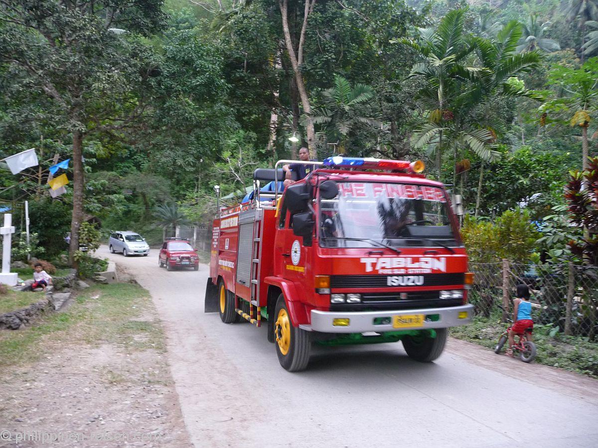 PHILIPPINEN REISEN - REISEBERICHTE - Karfreitag in Malasag  Foto von Sir Dieter Sokoll KR