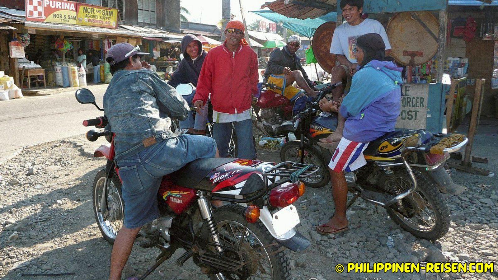 PHILIPPINEN REISEN - REISEBERICHTE - Mindanao - Unterwegs auf der N955 Foto von Sir Dieter Sokoll