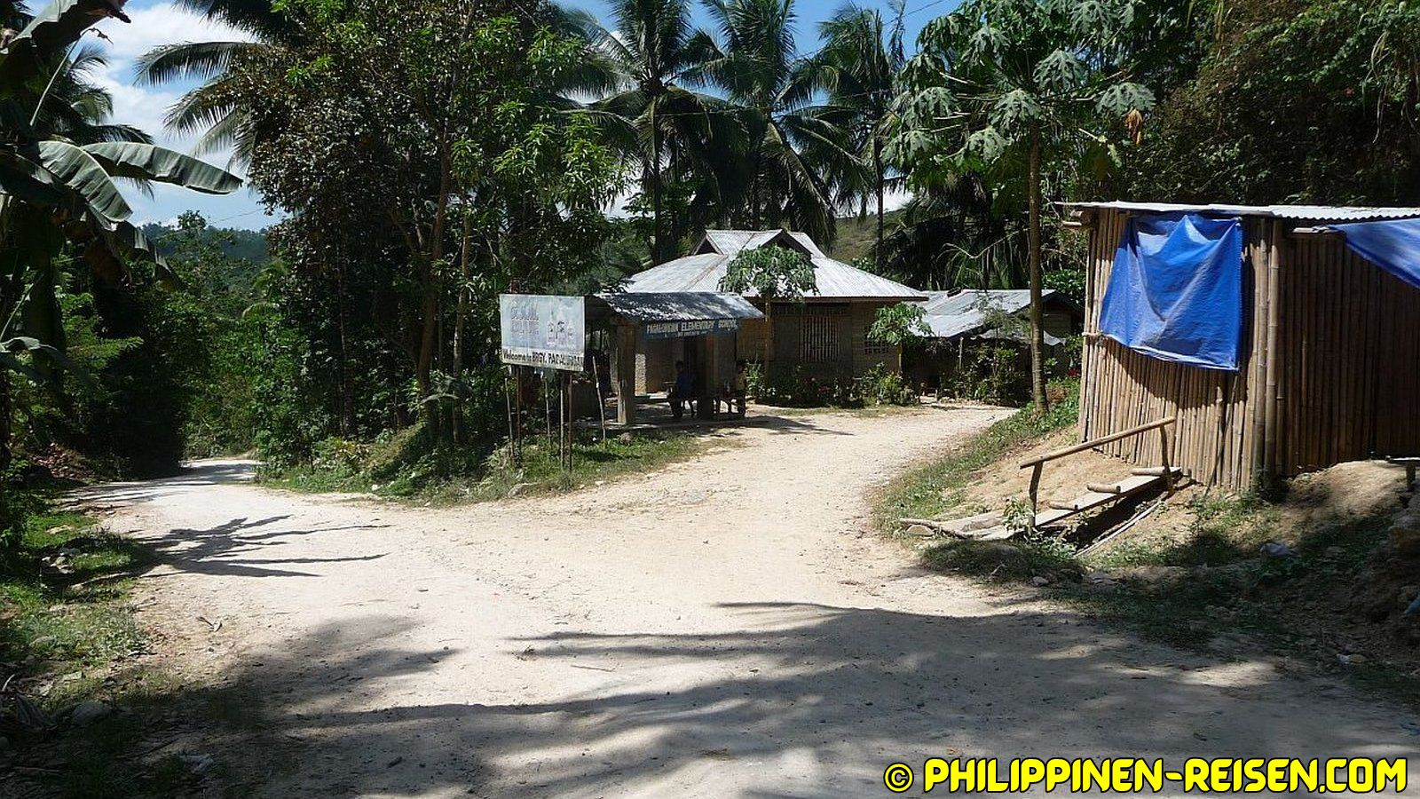 PHILIPPINEN REISEN - REISEBERICHTE - Unterwegs nach Tumpagon Foto von Sir Dieter Sokoll