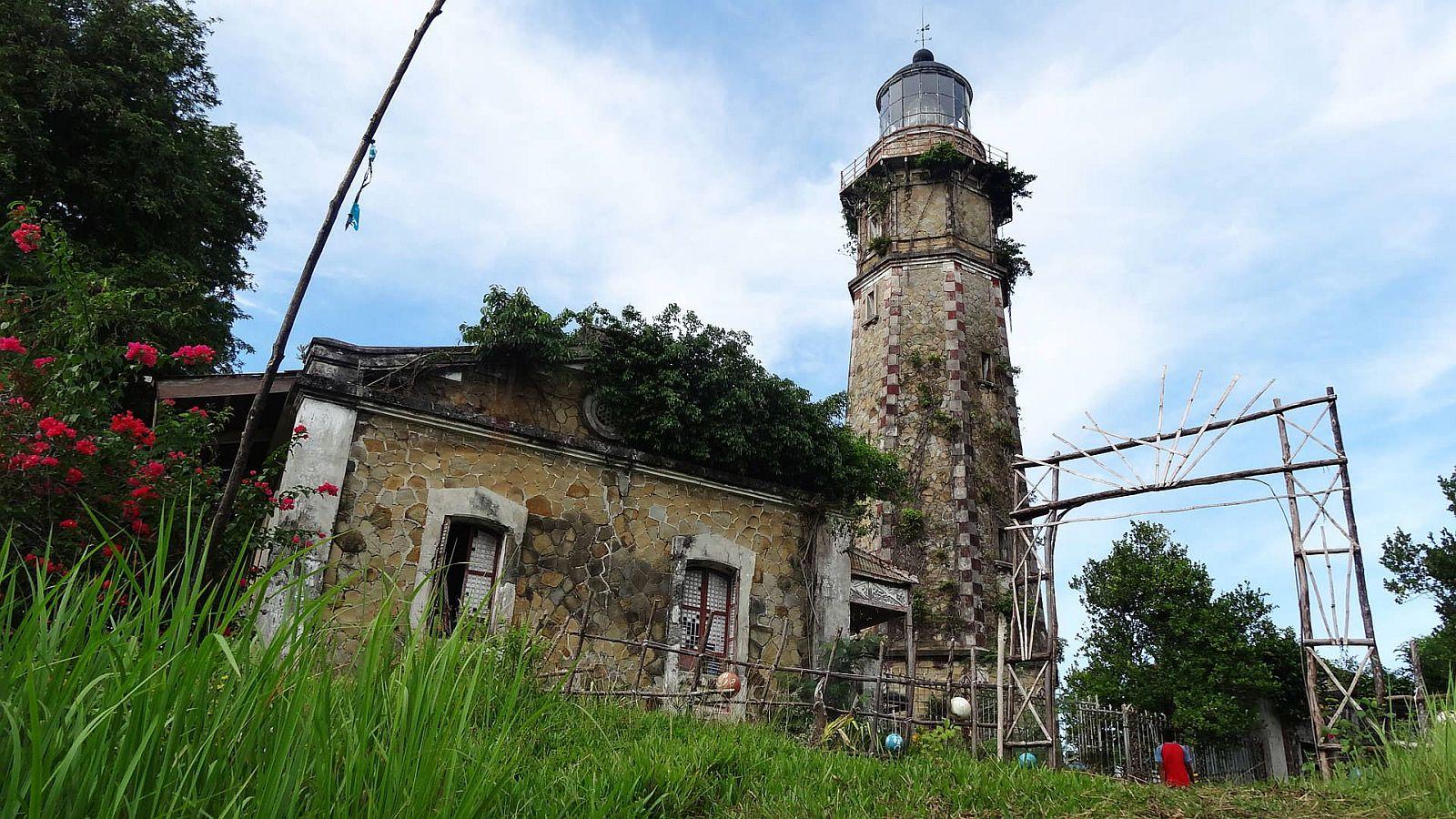 PHILIPPINEN REISEN - LEUCHTTÜRME - Cape Melville Leuchtturm